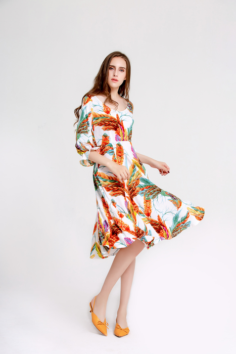 Esprlia Women Print Wrap Midi Dress